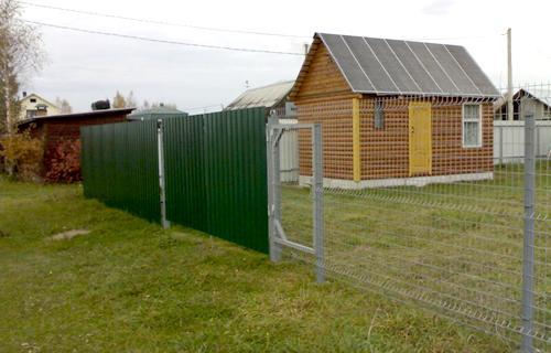 Забор из сетчатых панелей